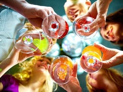 ficha_aperitivo-di-coppia-a-350-euro-aperitivo-di-coppia-da-lusters-un-aperitivo-ricercato-in-un-locale-gl