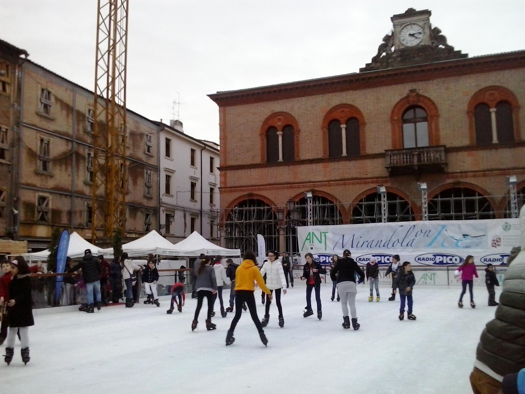 mirandola-on-ice
